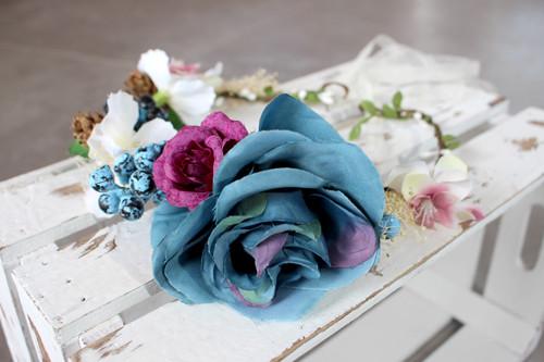 Blaue Babsi - Haarkranz Rose