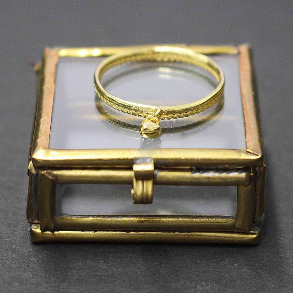 Goldgeschmückte Pia - Ring gold