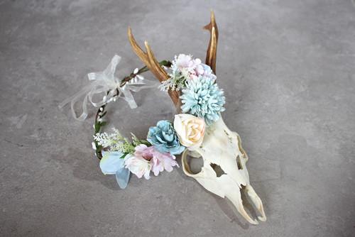 Hellblaue Helene - Blumenkranz für die Braut